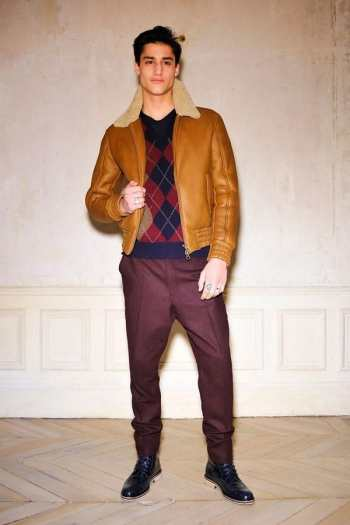 Кожаные мужские куртки бомбер - как и с чем носить модный тренд в 2012