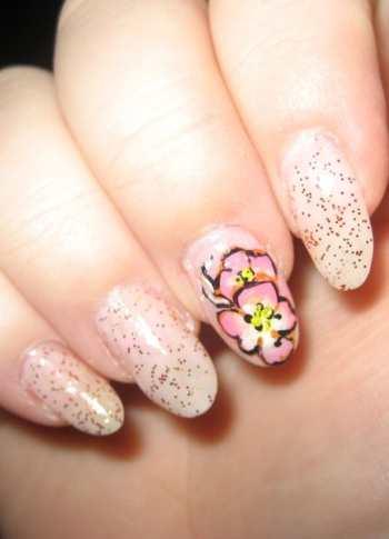 Чудесный цветочный декор ногтей