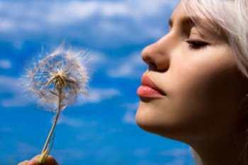 Алопеция: причины выпадения волос у женщин